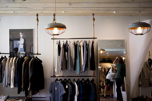 drobny asortyment wyposażenia sklepu